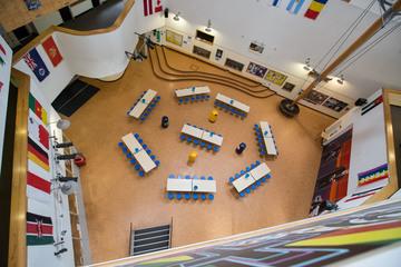 Atrium - Fairfield High School - Bristol City of - 2 - SchoolHire
