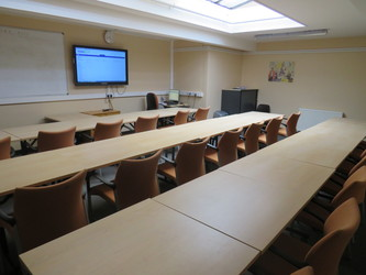 Conference Room (CA3) - Roding Valley High School - Essex - 1 - SchoolHire