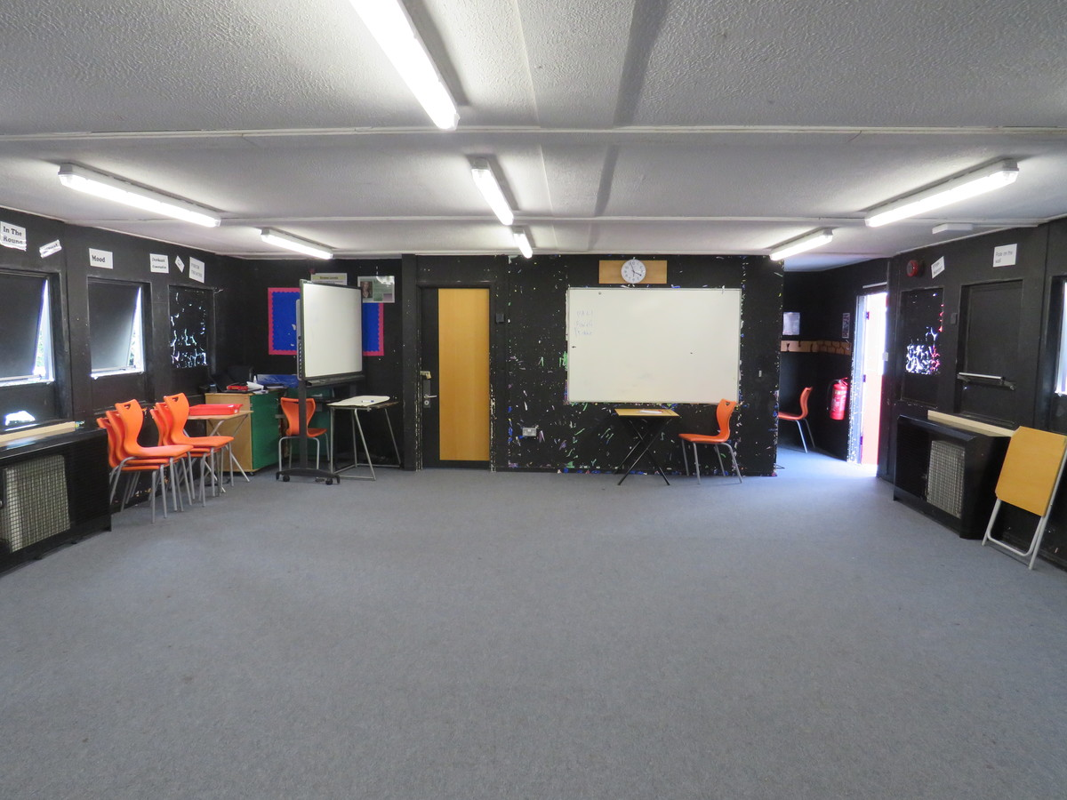 Drama Hut - Roding Valley High School - Essex - 2 - SchoolHire
