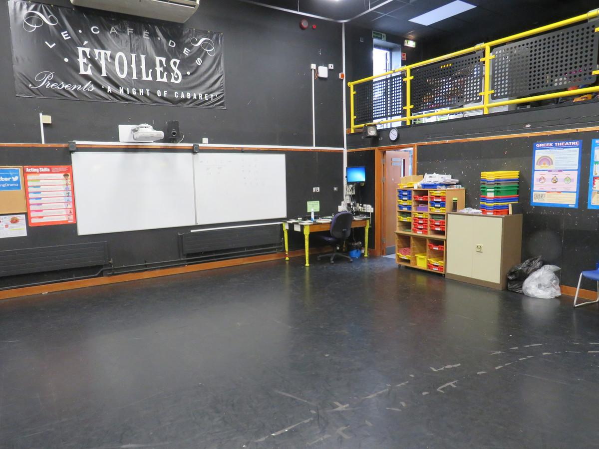 Drama Studio - Roding Valley High School - Essex - 2 - SchoolHire