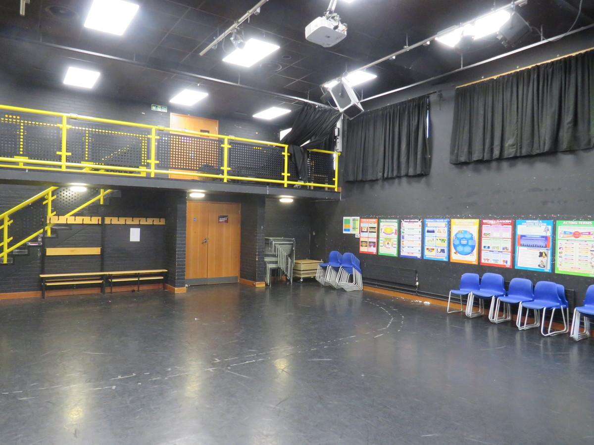 Drama Studio - Roding Valley High School - Essex - 3 - SchoolHire