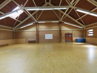 Gymnasium - Roding Valley High School - Essex - 1 - SchoolHire