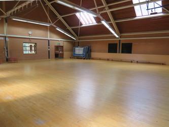 Gymnasium - Roding Valley High School - Essex - 2 - SchoolHire