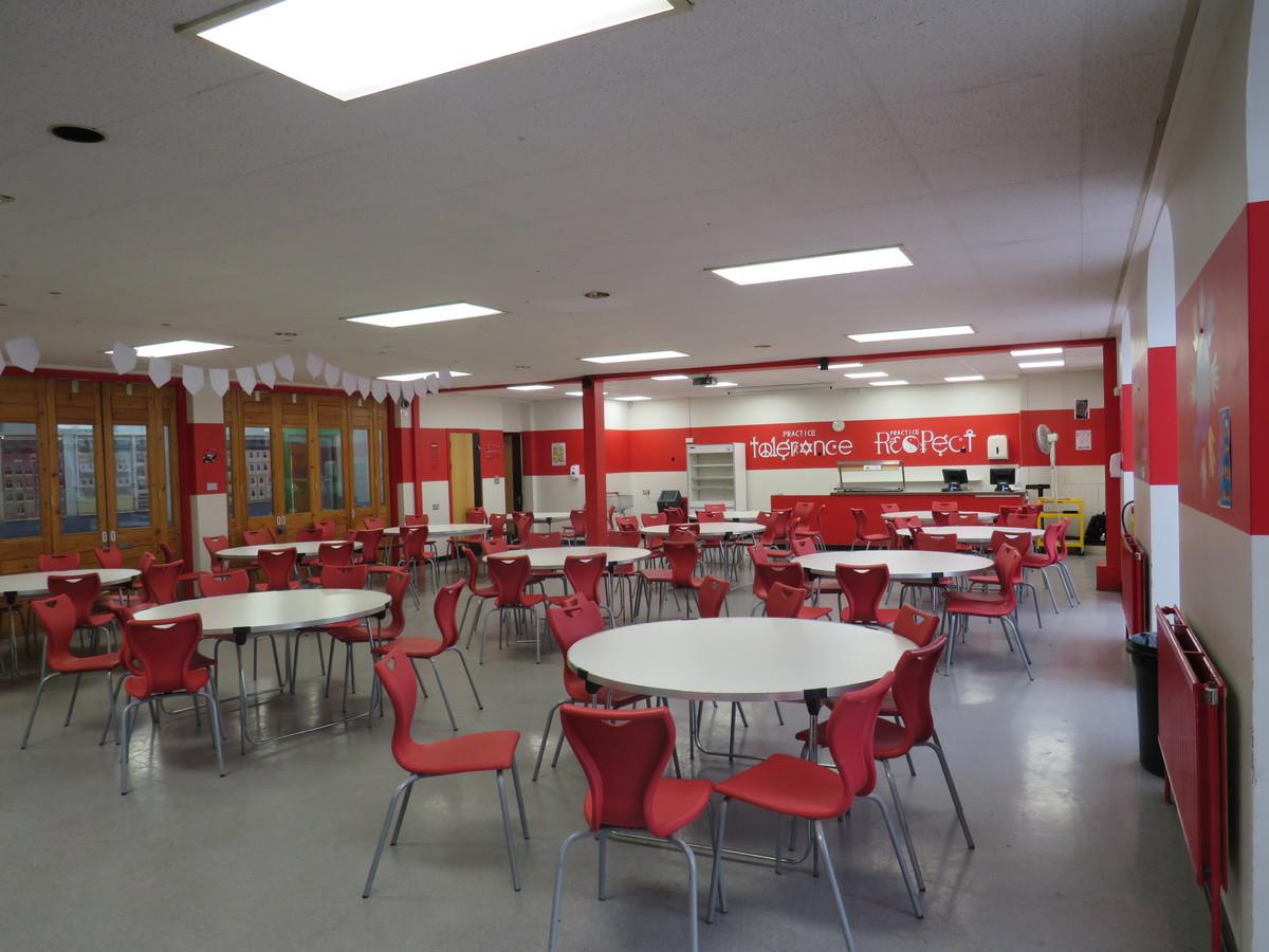 Small Hall / Dining Room - Roding Valley High School - Essex - 4 - SchoolHire