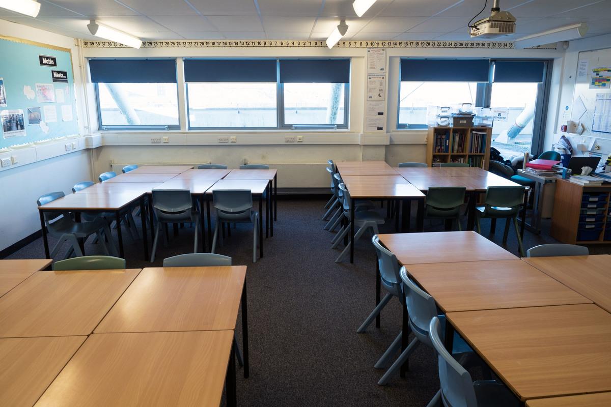 Classrooms - 3rd floor - Fairfield High School - Bristol City of - 2 - SchoolHire