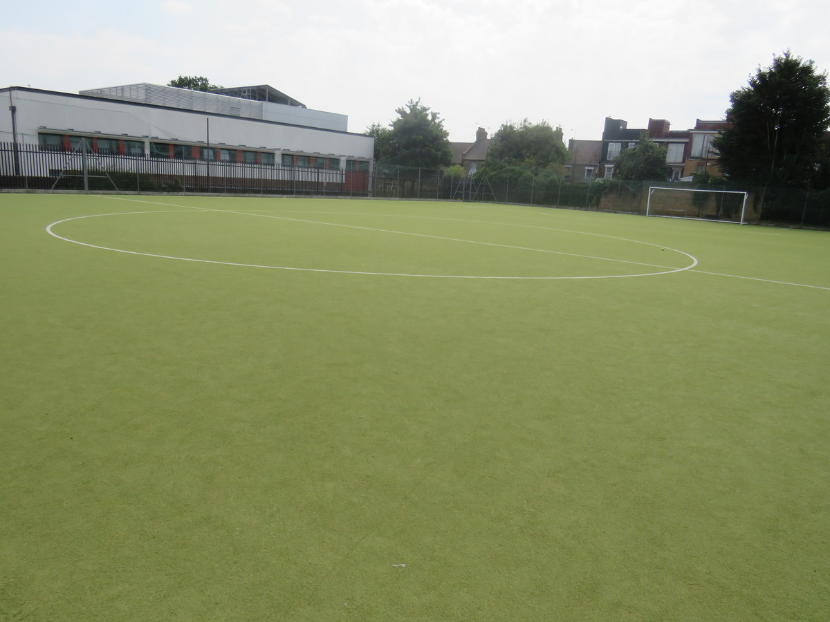 Astro Turf Pitch - Gladesmore Community School - Haringey - 3 - SchoolHire