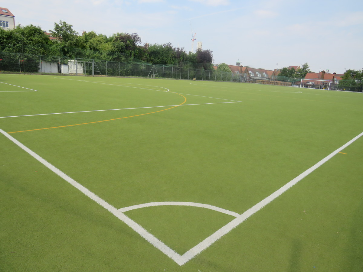 Astro Turf Pitch - Gladesmore Community School - Haringey - 4 - SchoolHire