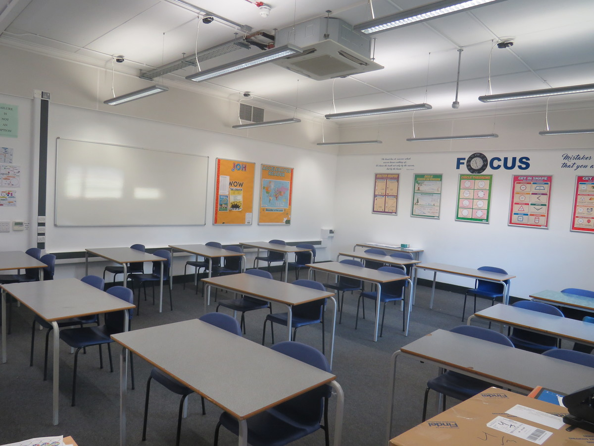 Classroom - Gladesmore Community School - Haringey - 2 - SchoolHire