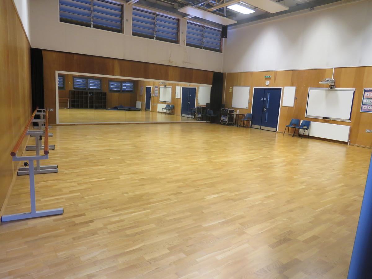 Dance Studio - Gladesmore Community School - Haringey - 2 - SchoolHire