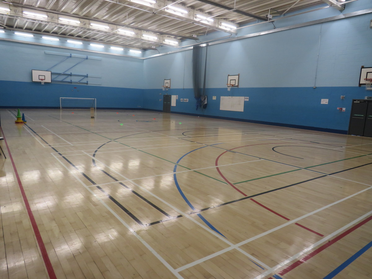 Sports Hall - Gladesmore Community School - Haringey - 1 - SchoolHire
