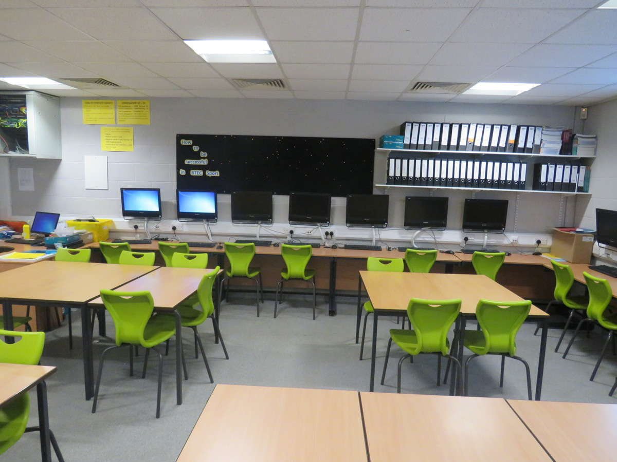 Classroom - Learning Zone - The Mirfield Free Grammar and Mirfield College - Kirklees - 2 - SchoolHire
