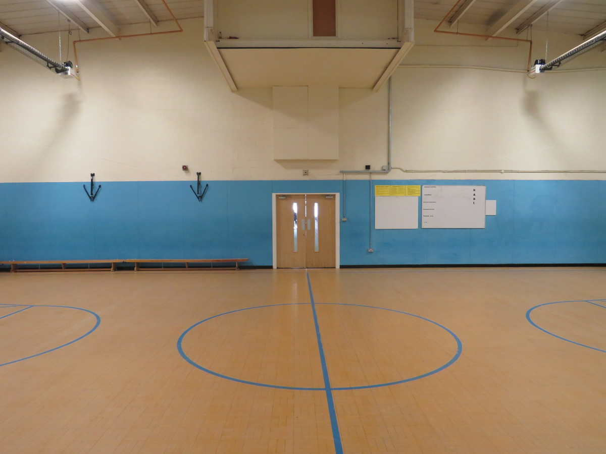 Sports Hall - Small - The Mirfield Free Grammar and Mirfield College - Kirklees - 3 - SchoolHire