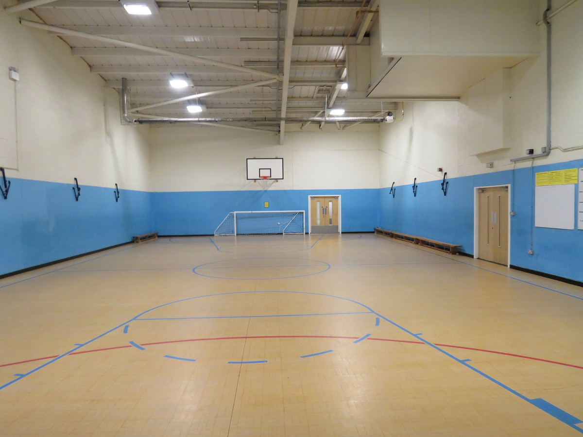 Sports Hall - Small - The Mirfield Free Grammar and Mirfield College - Kirklees - 4 - SchoolHire