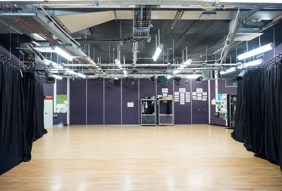 Drama Studio - Fairfield High School - Bristol City of - 3 - SchoolHire