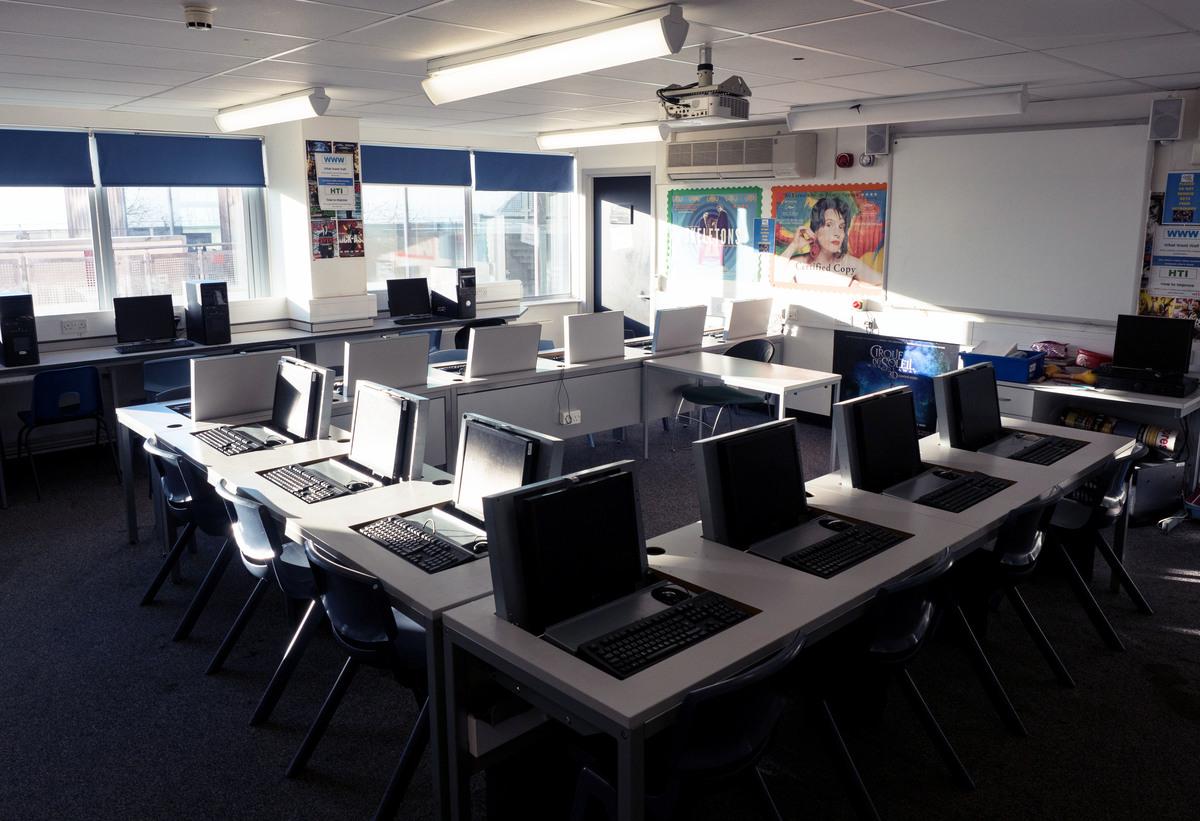 ICT Suite - Fairfield High School - Bristol City of - 1 - SchoolHire