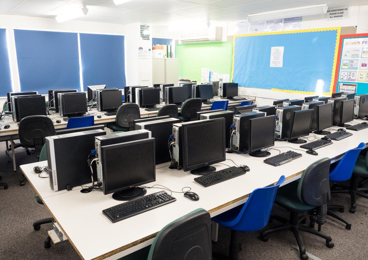 ICT Suite - Fairfield High School - Bristol City of - 2 - SchoolHire
