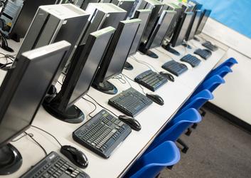 ICT Suite - Fairfield High School - Bristol City of - 3 - SchoolHire