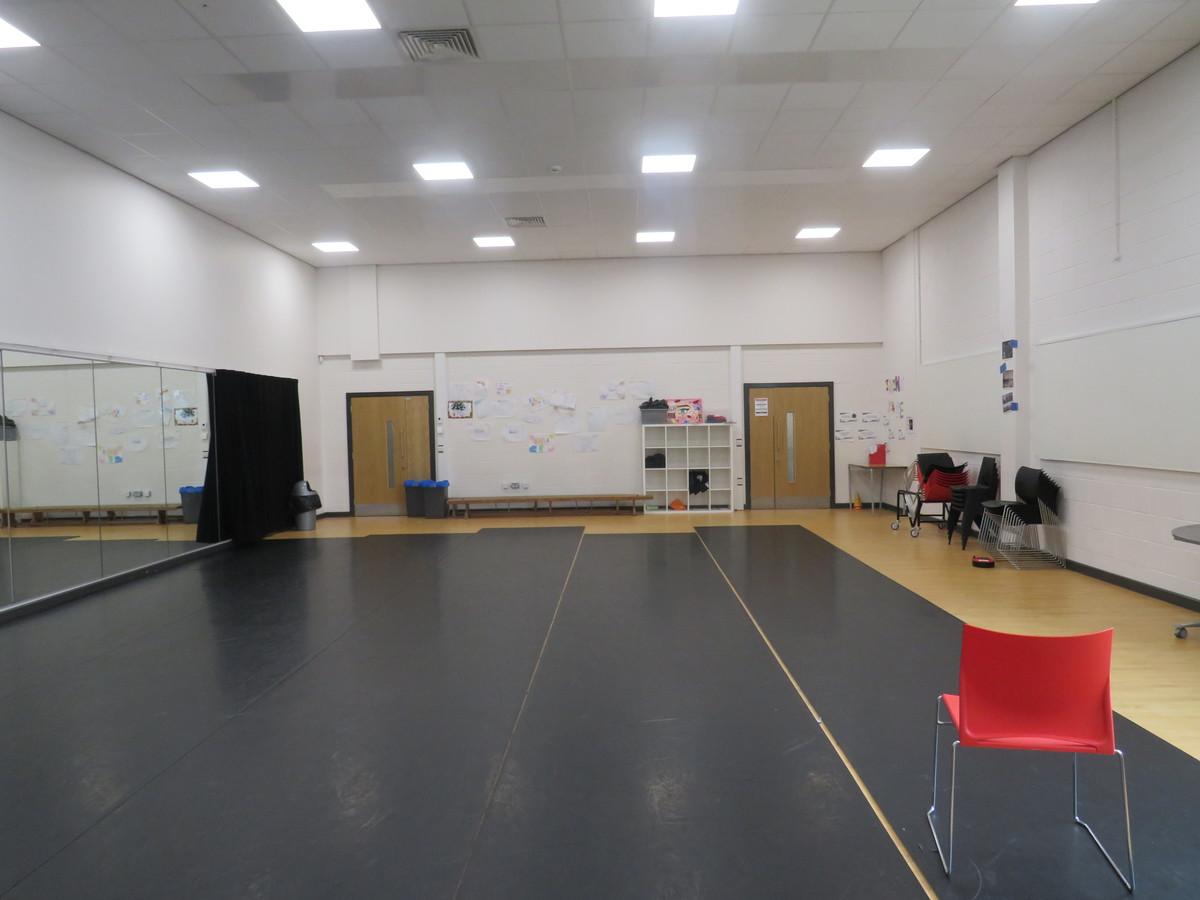 Dance Studio - Werneth School - Stockport - 2 - SchoolHire