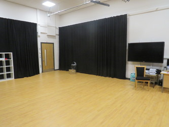 Drama Studio 2 - Werneth School - Stockport - 3 - SchoolHire