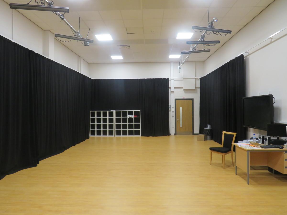 Drama Studio 2 - Werneth School - Stockport - 4 - SchoolHire