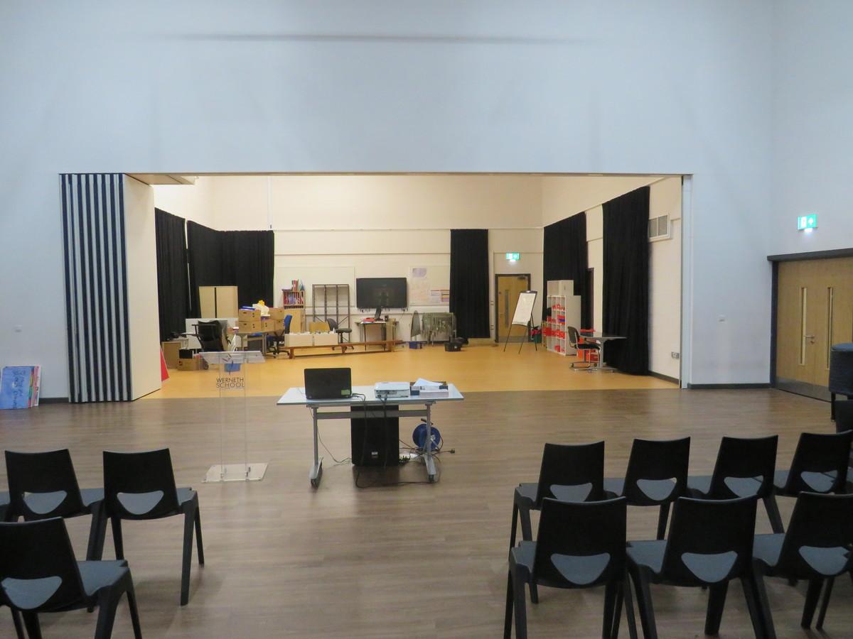 Main Hall - Werneth School - Stockport - 2 - SchoolHire