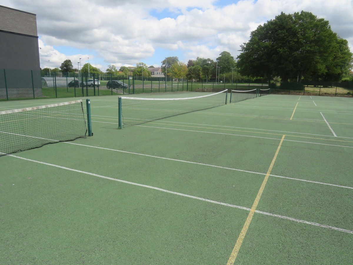 Tennis Court - Werneth School - Stockport - 2 - SchoolHire