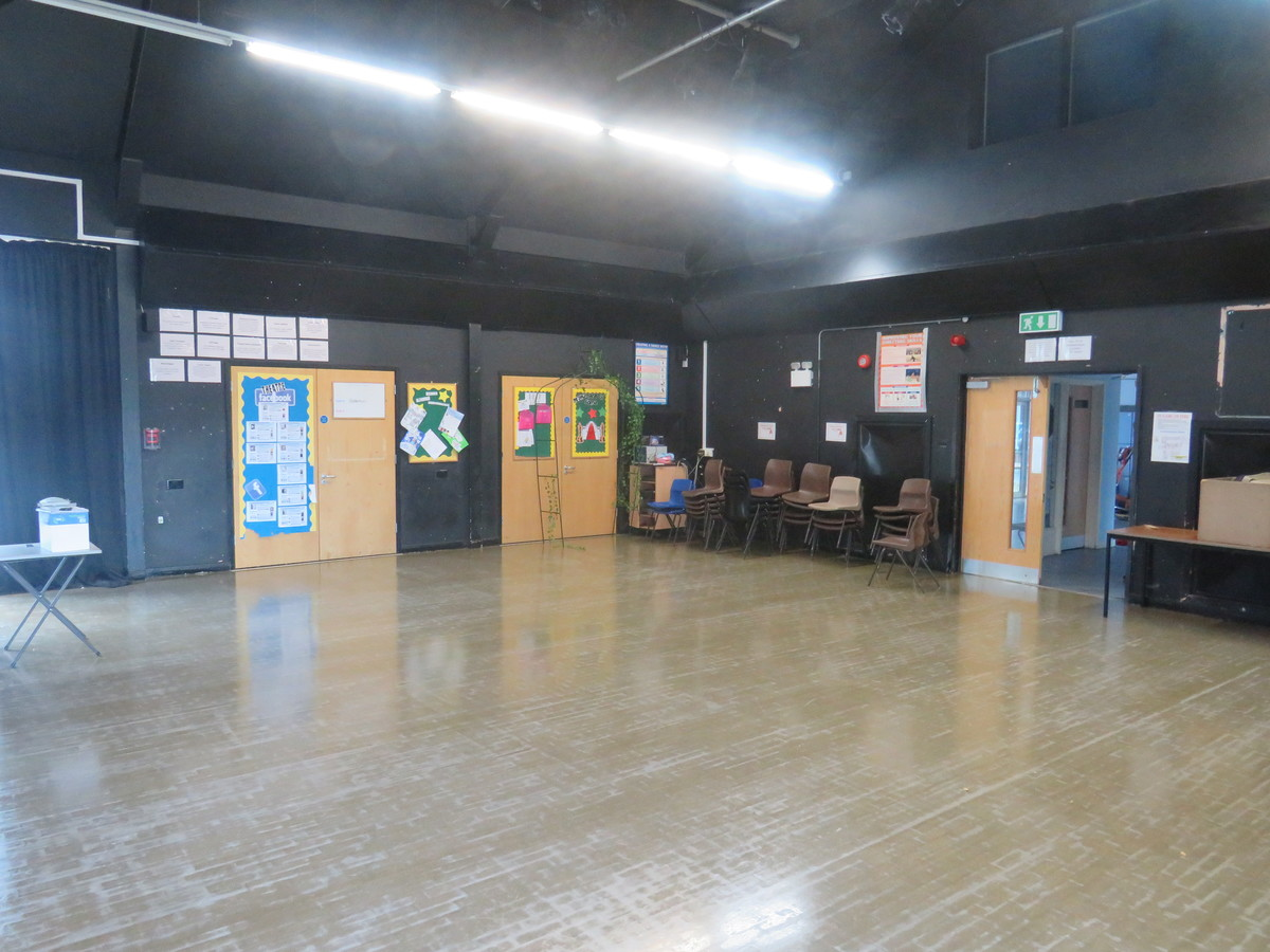 Activity Studio (N1) - The Warwick School - Surrey - 4 - SchoolHire