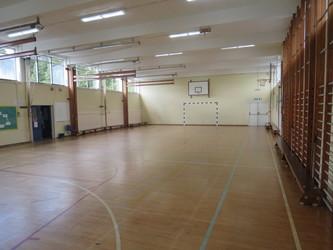 Gymnasium - The Warwick School - Surrey - 2 - SchoolHire
