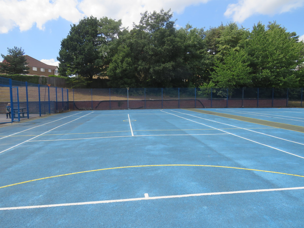 MUGA - Netball & Tennis - The Warwick School - Surrey - 4 - SchoolHire