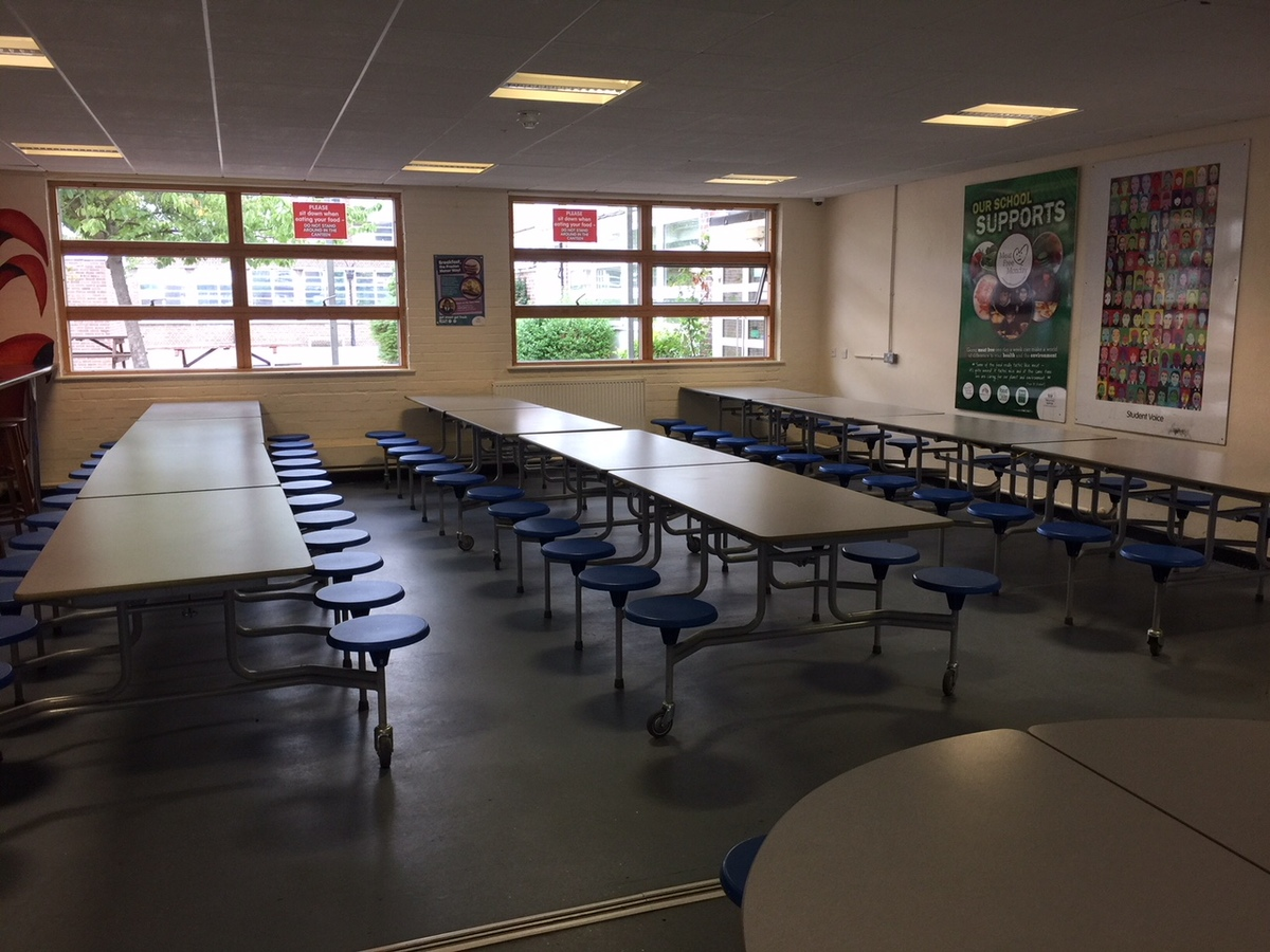 Canteen (Upper School) - Preston Manor School - Brent - 2 - SchoolHire