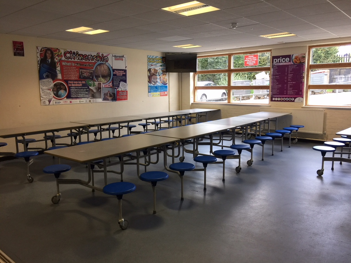 Canteen (Upper School) - Preston Manor School - Brent - 1 - SchoolHire