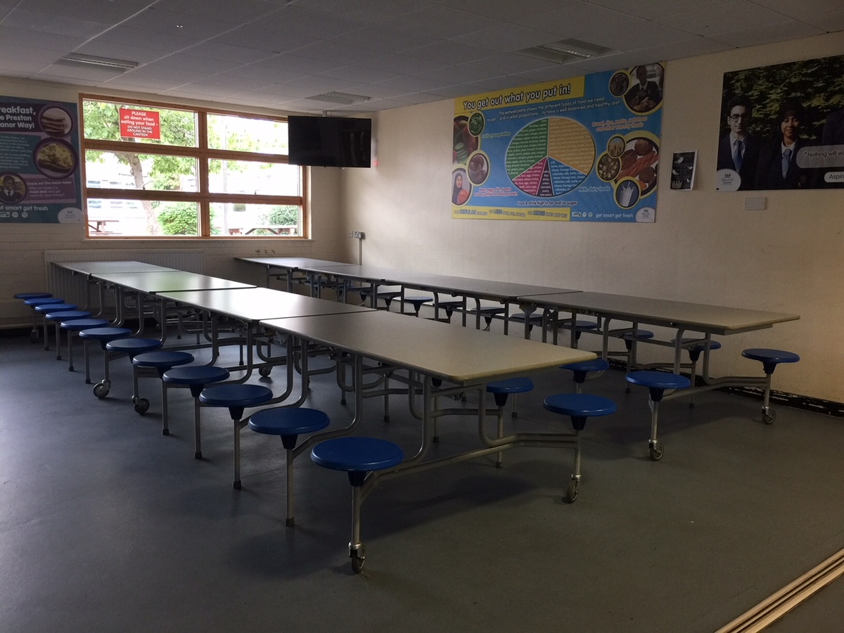 Canteen (Upper School) - Preston Manor School - Brent - 4 - SchoolHire