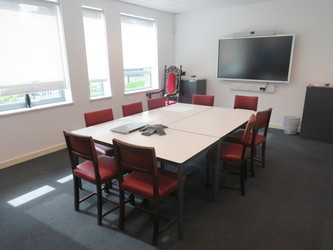 Conference Room - Skinners' Academy - Hackney - 1 - SchoolHire