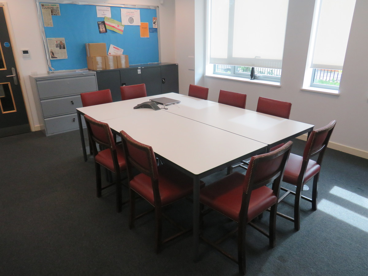 Conference Room - Skinners' Academy - Hackney - 2 - SchoolHire