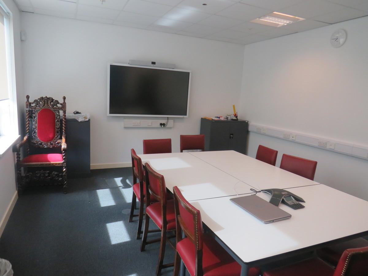 Conference Room - Skinners' Academy - Hackney - 3 - SchoolHire