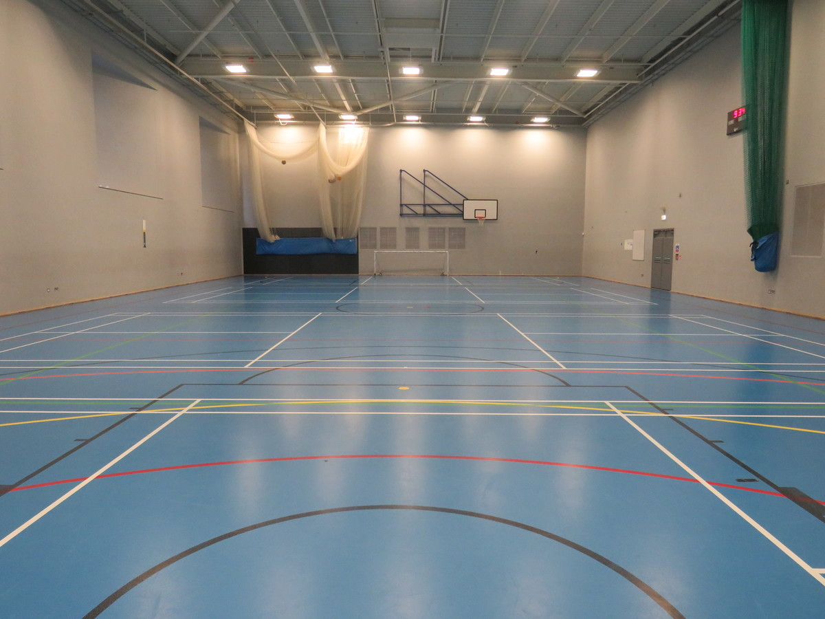 Sports Hall At Skinners Academy For Hire In London