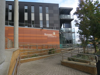 Skinners' Academy - Hackney - 4 - SchoolHire