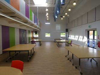 Sixth Form - Central Well - The Joseph Whitaker School - Nottinghamshire - 2 - SchoolHire
