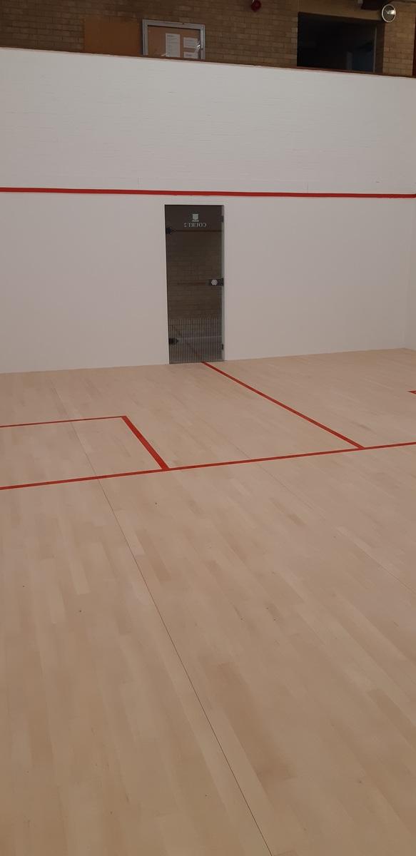 Squash Court 2 - The Joseph Whitaker School Sports College - Nottinghamshire - 1 - SchoolHire