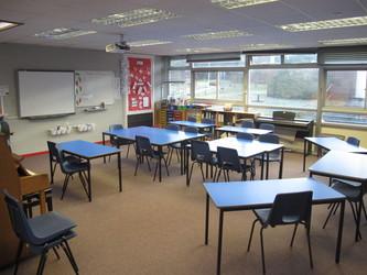 Music Room - Wallace Fields Junior School - Surrey - 4 - SchoolHire
