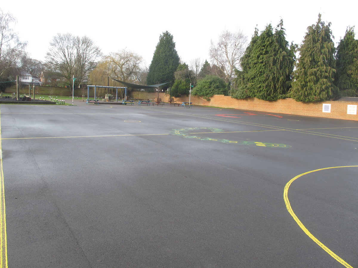 Netball Court - Wallace Fields Junior School - Surrey - 2 - SchoolHire