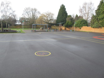Netball Court - Wallace Fields Junior School - Surrey - 3 - SchoolHire