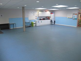 Small Hall - Wallace Fields Junior School - Surrey - 1 - SchoolHire