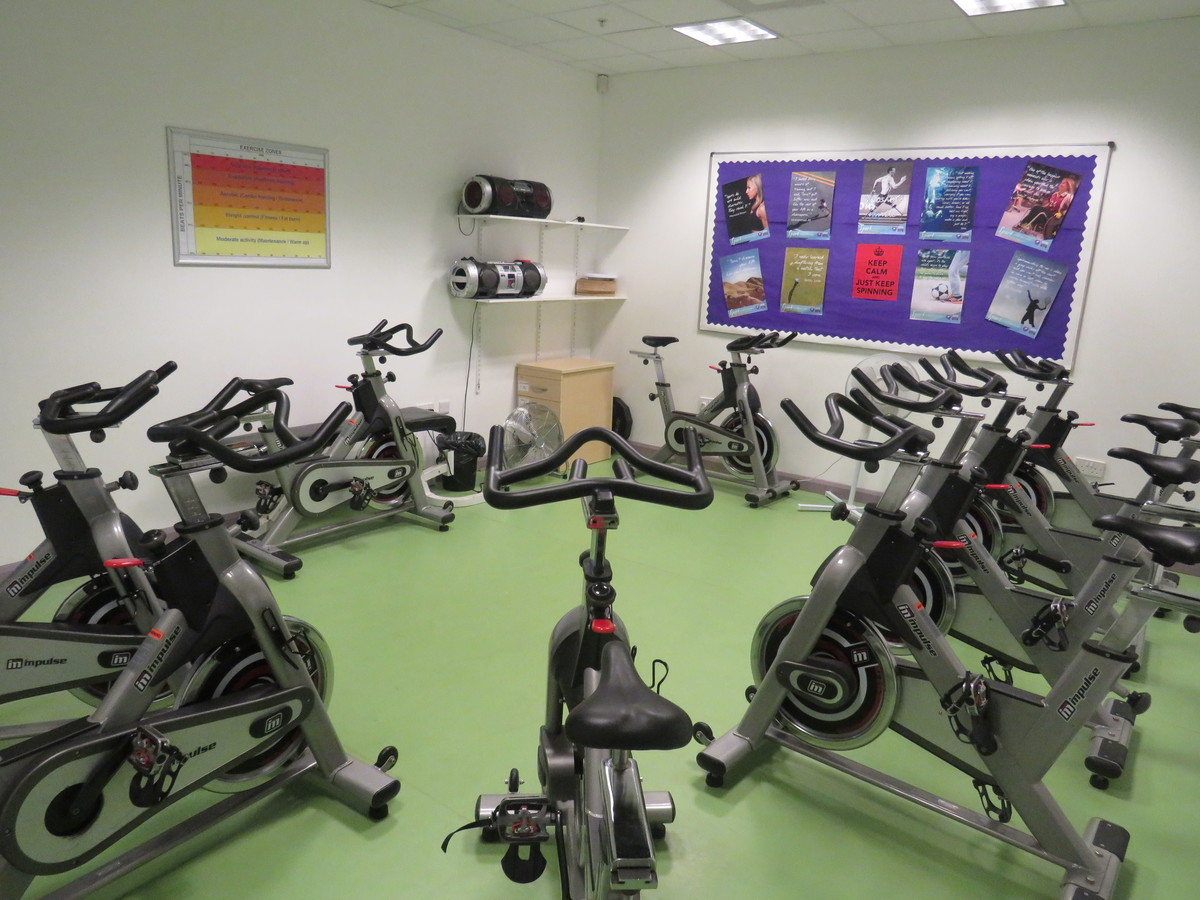 Indoor Cycling Room - South Devon College Sports and Fitness - Devon - 3 - SchoolHire
