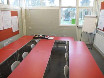 Small meeting room - Wallace Fields Junior School - Surrey - 2 - SchoolHire