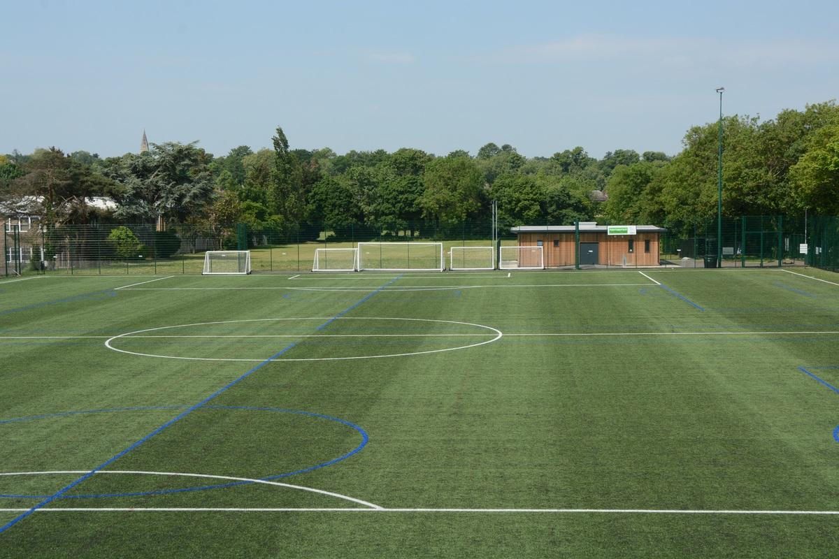 3G @ Enfield Grammar School - Enfield - 2 - SchoolHire