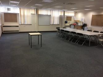 Dance Studio/Meeting Room - Garendon Suite - Charnwood College - Leicestershire - 1 - SchoolHire