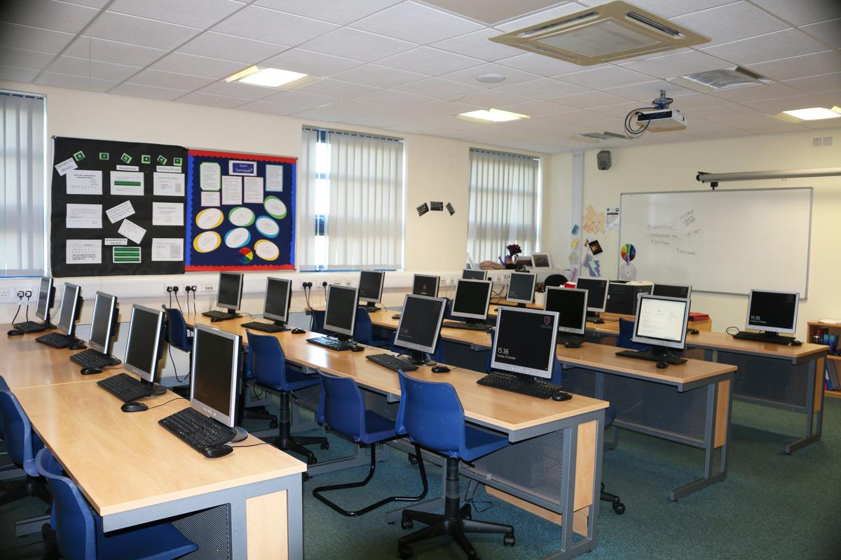 Classrooms - Standard - Trinity Academy - Doncaster - 1 - SchoolHire