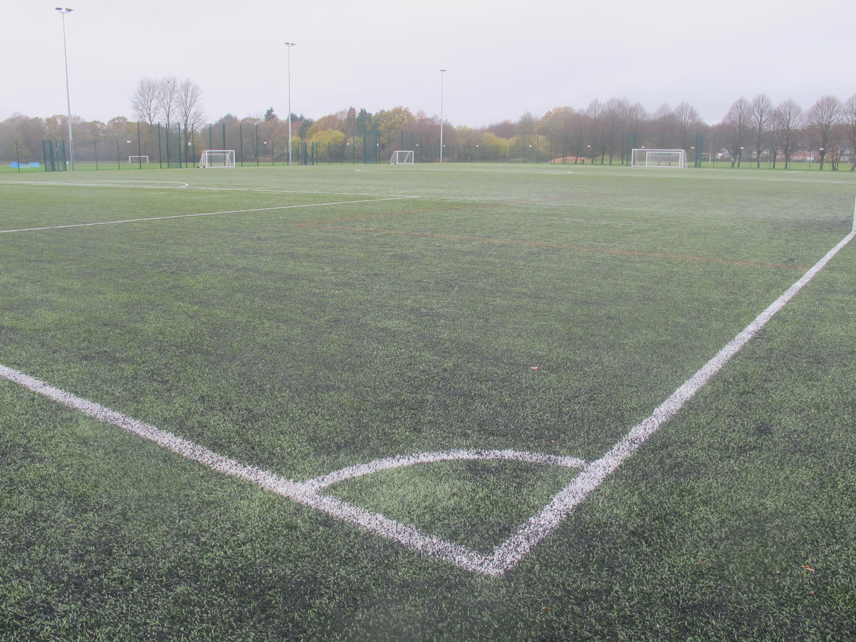 3G Football Pitch - The Mountbatten School - Hampshire - 1 - SchoolHire