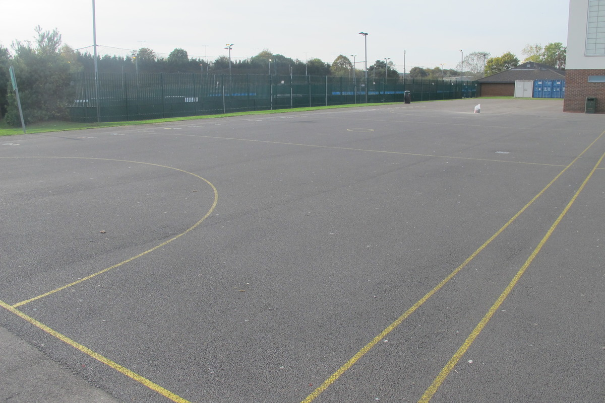 Netball Court - Slough & Eton College - Slough - 1 - SchoolHire
